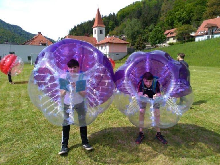 BubbleSoccer_110519
